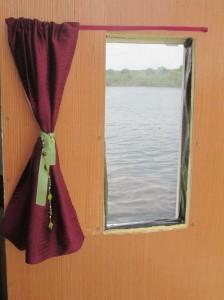 curtain (sm)